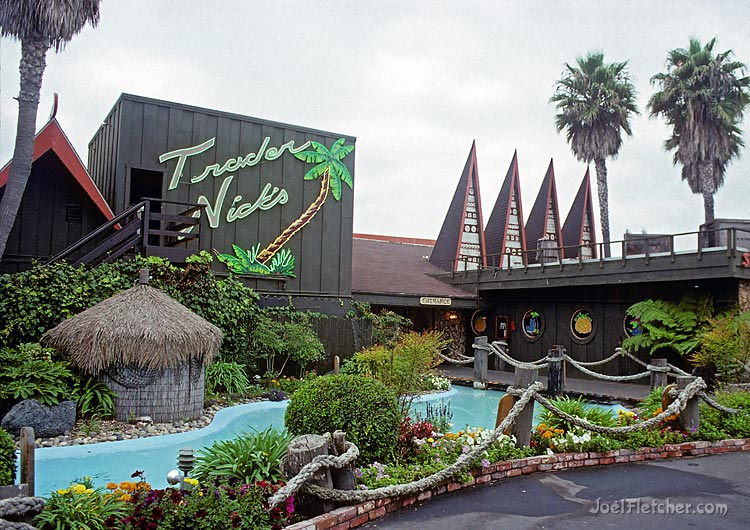 Trader Nicks polynesian tiki restaurant. gallery
